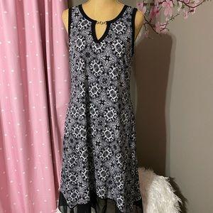 ESPRESSO brand black and white tunic dress